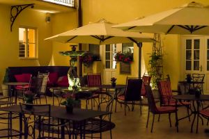 Beautiful Courtyard at the Hotel Leonardo